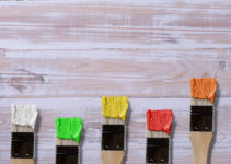 best-paint-for-wood-crafts
